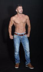 Gogo Tänzer - Stelzenläufer Dimi für Braunschweig