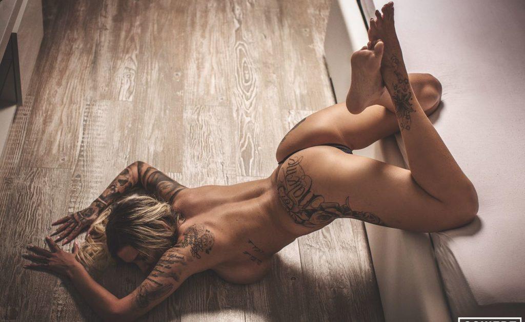 Stripperin Amanda Hannover